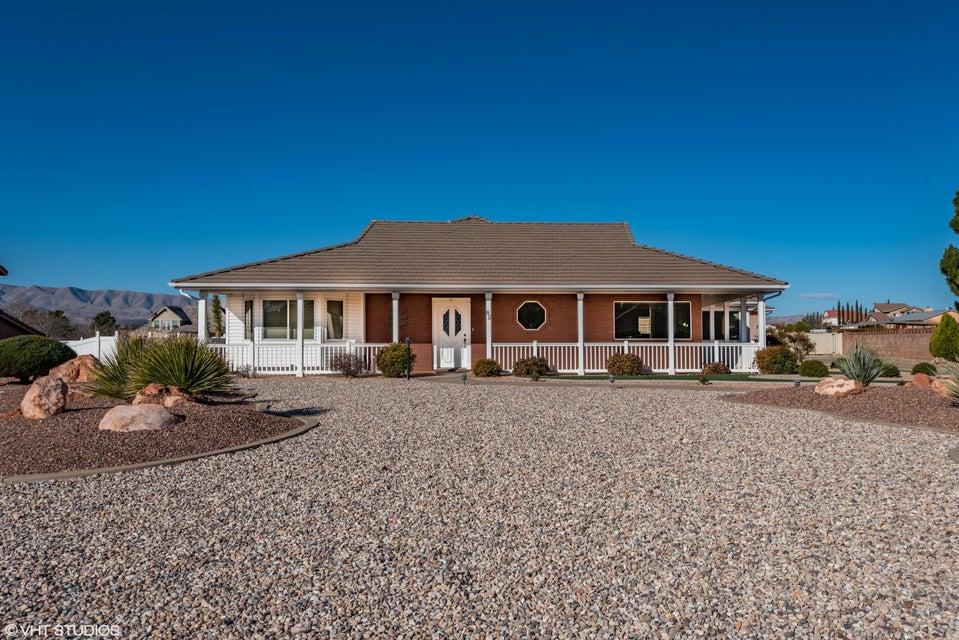 Maison unifamiliale pour l Vente à 82 Padre Canyon Drive 82 Padre Canyon Drive Ivins, Utah 84738 États-Unis
