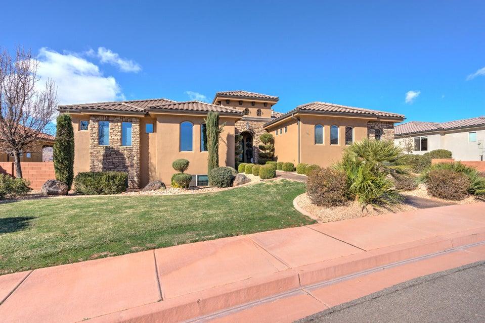 Maison unifamiliale pour l Vente à 105 Firerock Trail 105 Firerock Trail Ivins, Utah 84738 États-Unis