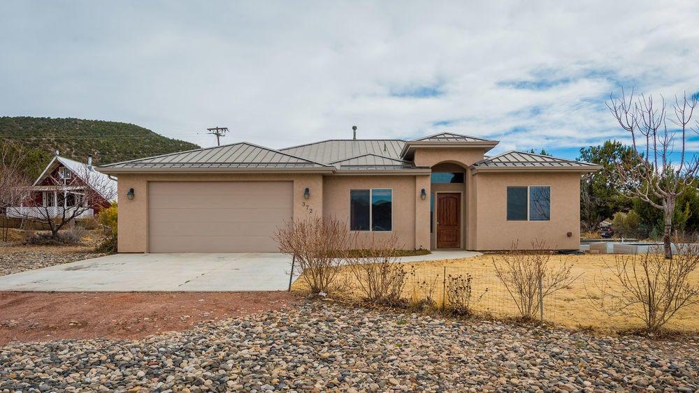 Single Family Home for Sale at 372 Pinion Circle 372 Pinion Circle Central, Utah 84722 United States