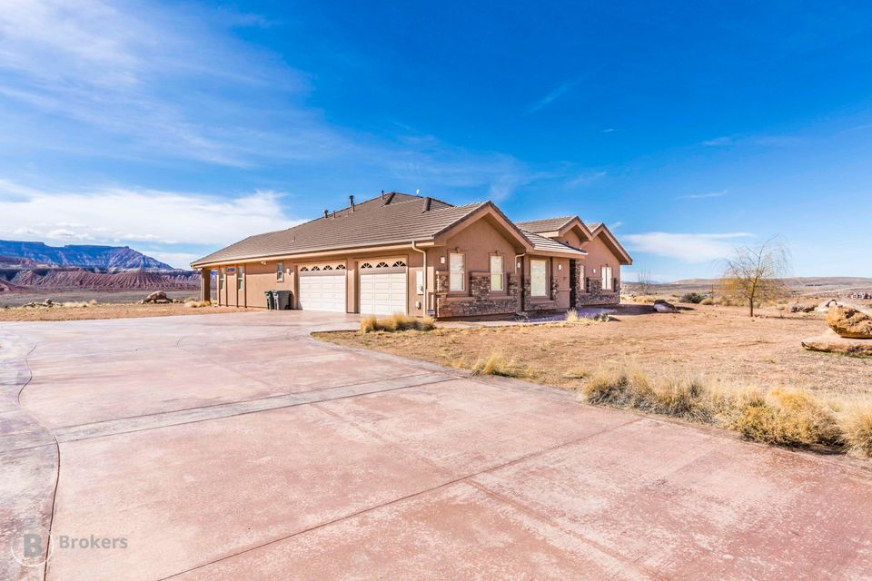 Single Family Home for Sale at 837 225 837 225 Virgin, Utah 84779 United States
