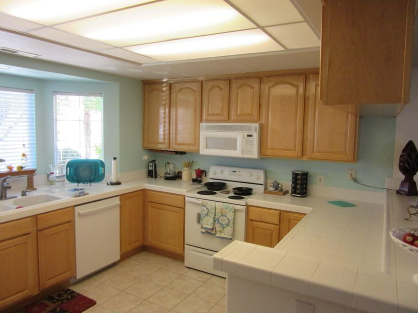 Lovely large open rooms with 2 Master Suites. Located in the heart of Green Valley with close access to restaurants, shopping and churches. Mathis Park and the trail system is just steps away Immaculately clean, remodeled master bath, upgraded appliances, newer fixtures, fans etc.