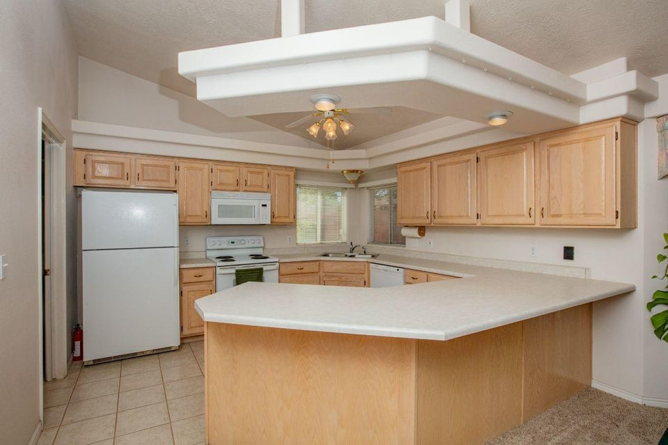 4 BR, 2 BA home with large garage, RV Parking, covered patio, low maintenance landscaping, grow box, totally fenced yard, and much more. Located at the end of a cul-de-sac with a Pine Valley Mtn View, in desirable Bloomington Hills. New HP / AC in past few years. Seller has added additional insulation for home & garage. 4th BR is designed for a bedroom or office. What a find!