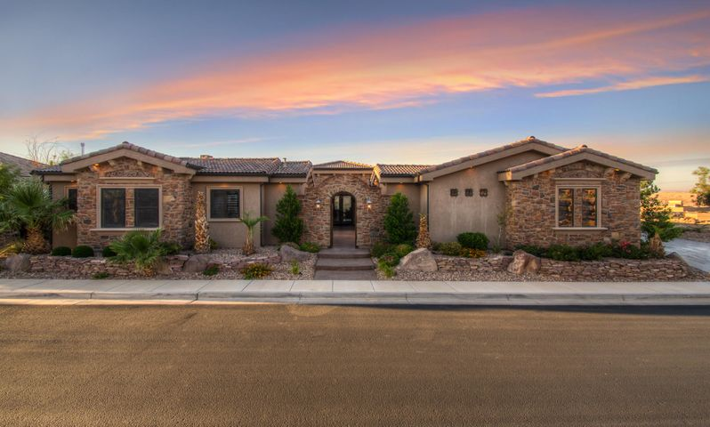 1977 E View Point Dr, St George Ut 84790