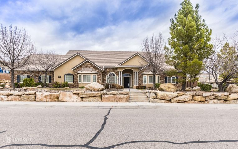 2930 S Scenic Mountain, St George Ut 84790