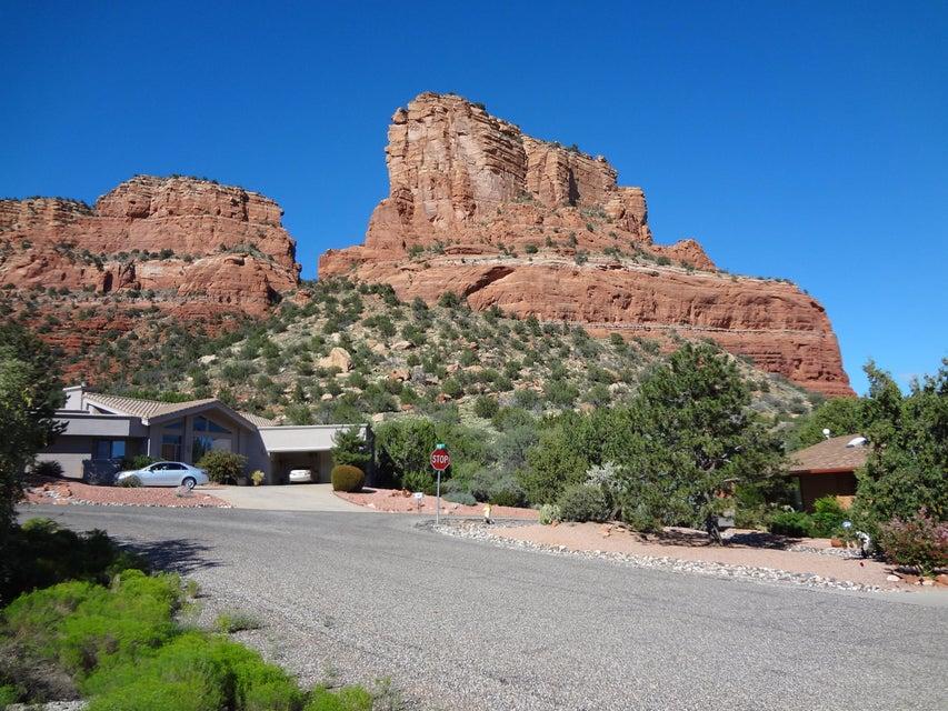 105  Walnut Sedona, AZ 86351