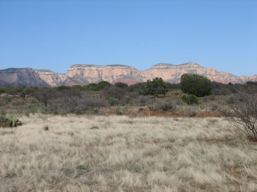 9400 N Sycamore Pass Rd, Sedona, AZ 86336
