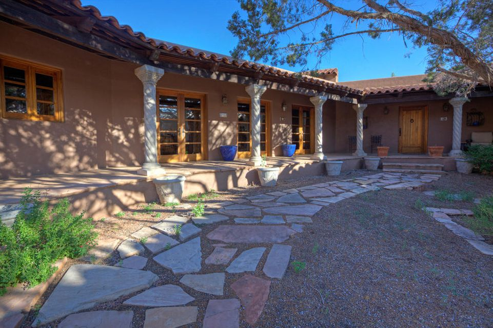 120  Cathedral View Sedona, AZ 86351