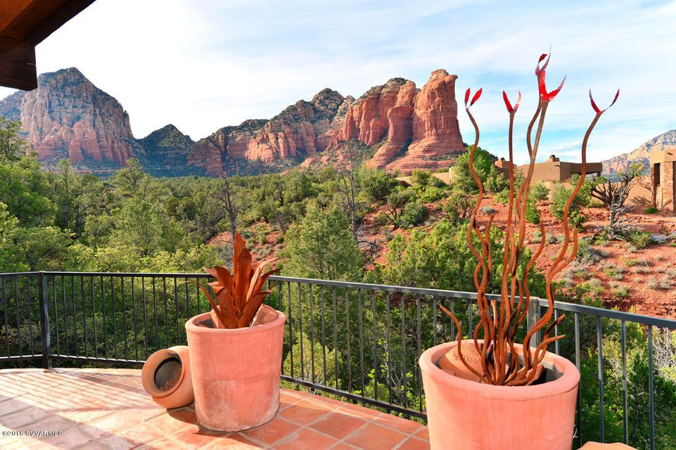 245 Eagle Dancer Rd, Sedona, AZ 86336