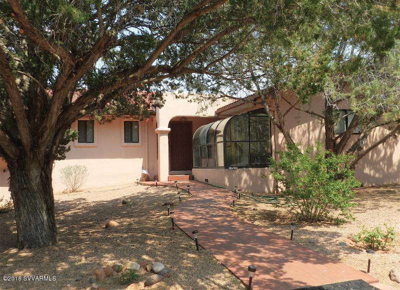 130  Blackjack Drive Sedona, AZ 86351