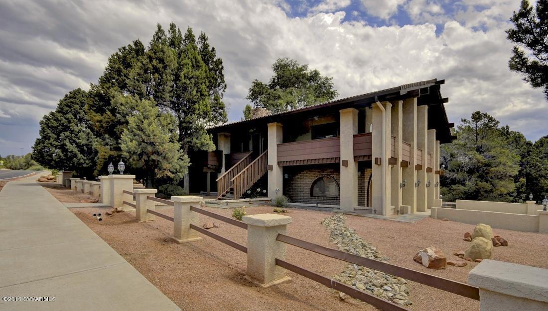 32  San Patricio Drive Sedona, AZ 86336
