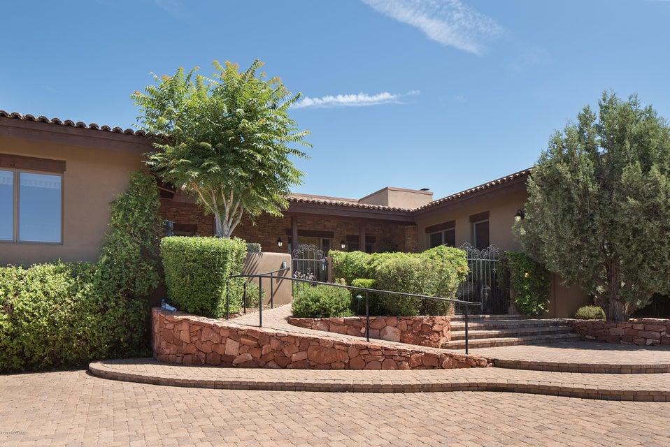 41 E Dove Wing Drive Sedona, AZ 86336