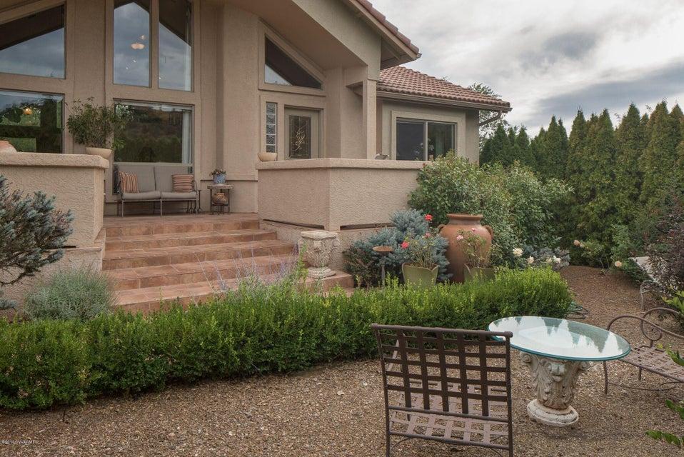 205 Lake Drive, Sedona, AZ 86336