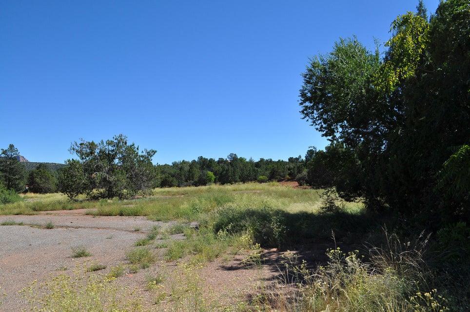 3285-3385 W State Route 89A Sedona, AZ 86336