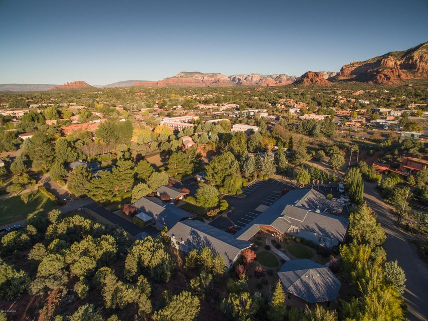 120  Deer Trail Drive Sedona, AZ 86336