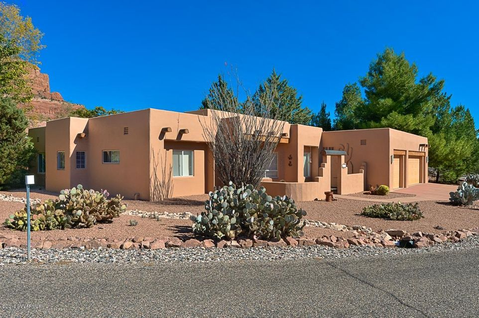 180  Oak Creek Drive Sedona, AZ 86351