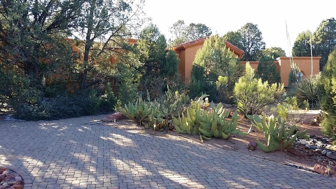205 Arroyo Pinon Drive, Sedona, AZ 86336