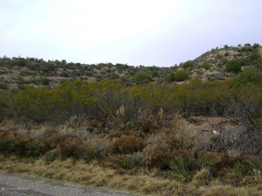 6400 N Canyon Rd, Rimrock, AZ 86335
