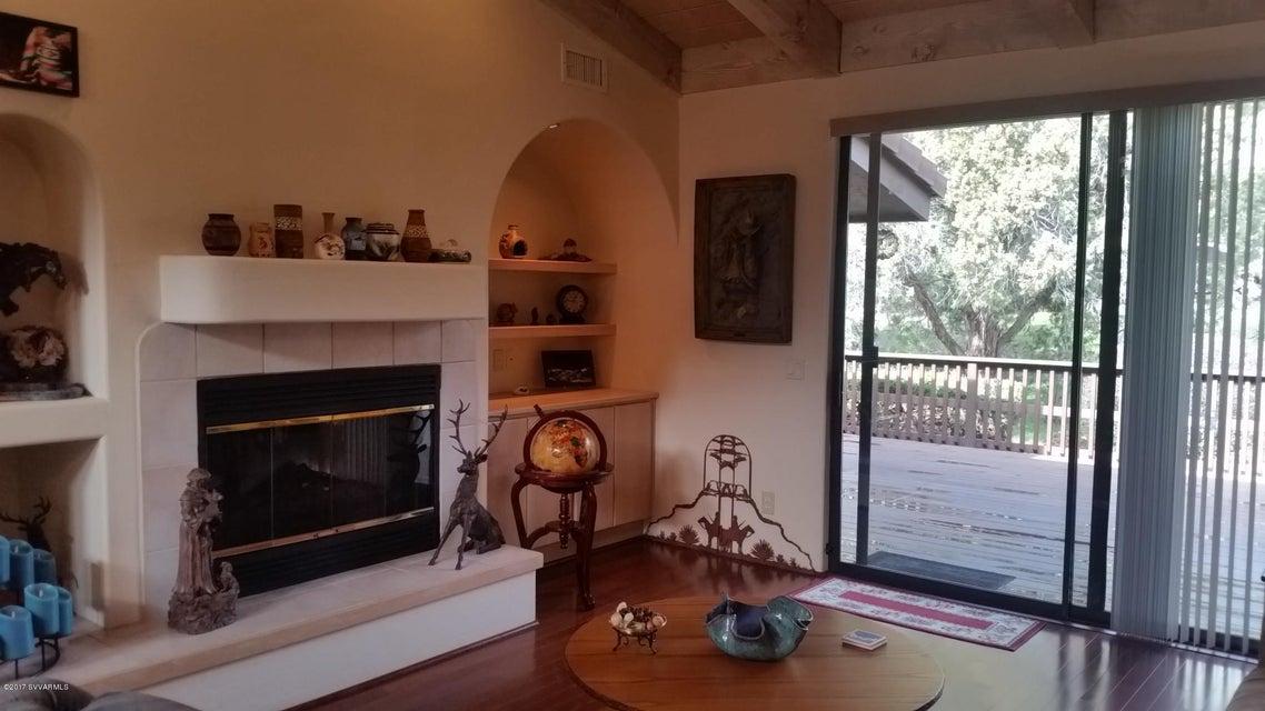 294  Lookout Drive Sedona, AZ 86351