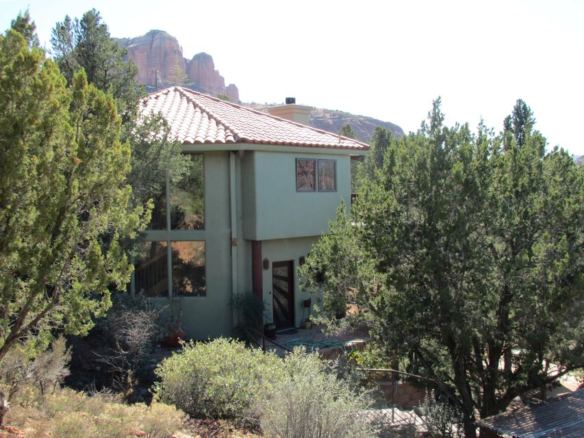 70  Back O Beyond Circle Sedona, AZ 86336