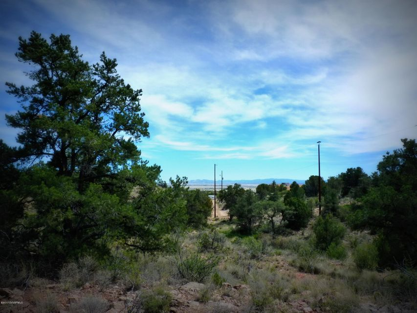 N Mesa Shadows Road Rd, Chino Valley, AZ 86323