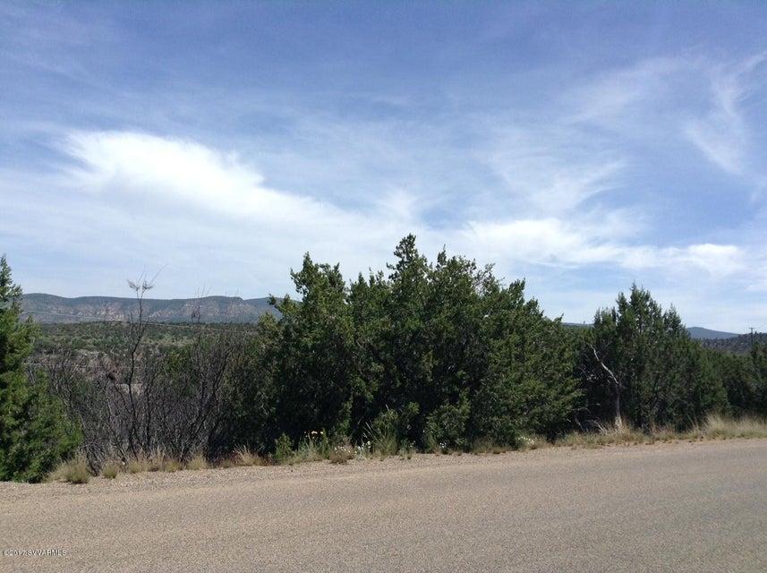 4805 N Nachez Rimrock, AZ 86335