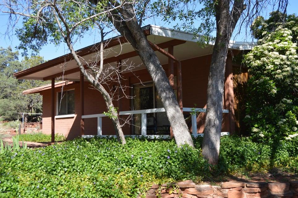 3610  Moki Drive Sedona, AZ 86336