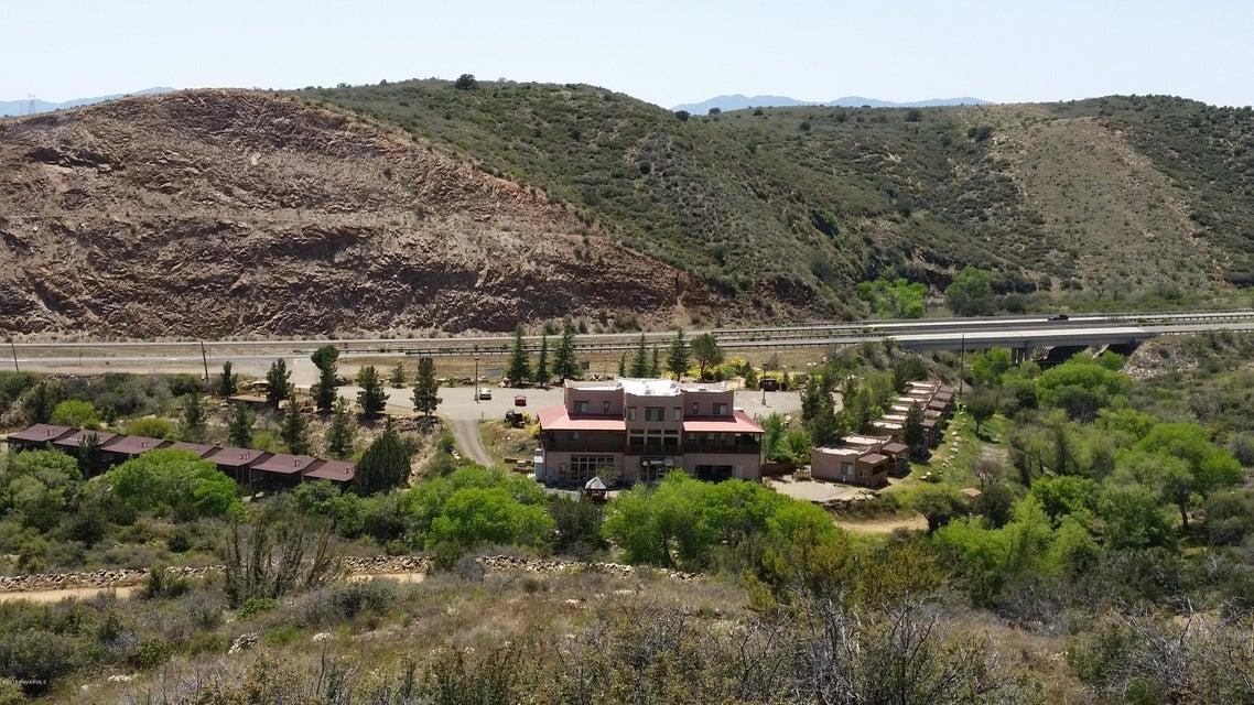 11255 S State Route 69, Mayer, AZ 86333