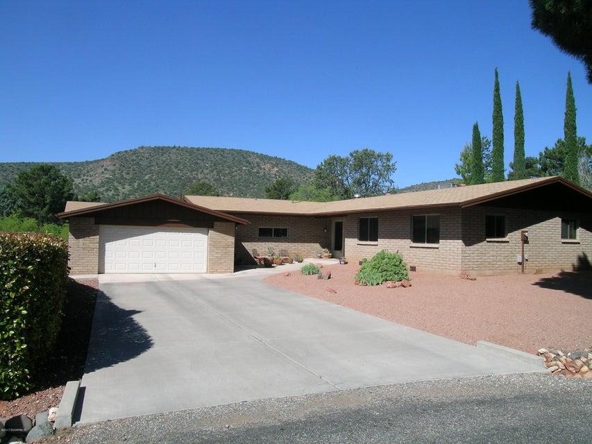 415  Merry Go Round Rock Rd Sedona, AZ 86351