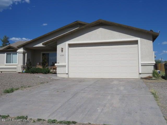 5735 N Debbie Lane Rimrock, AZ 86335