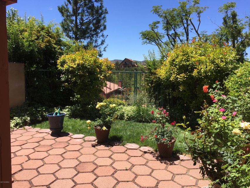 35  Desert Willow Lane Sedona, AZ 86336