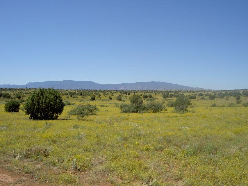 6 Acres  Tomahawk Sedona, AZ 86336