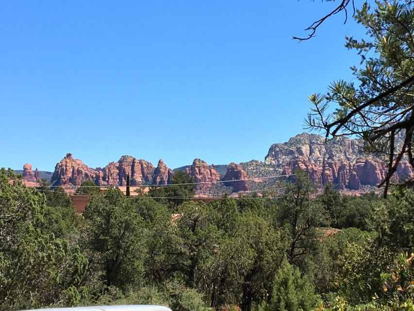 175 Cathedral Rock Tr