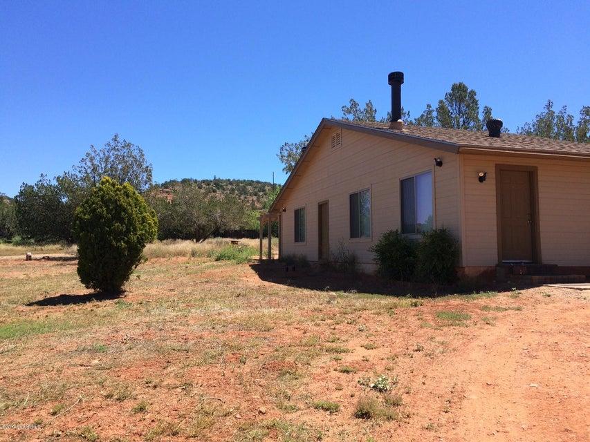 94  Country Lane Sedona, AZ 86336