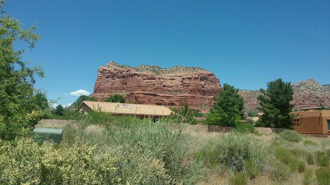 240  Roca Roja Sedona, AZ 86351