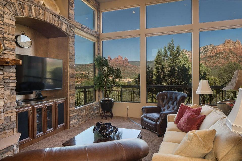 525  Sedona Vista Drive Sedona, AZ 86336