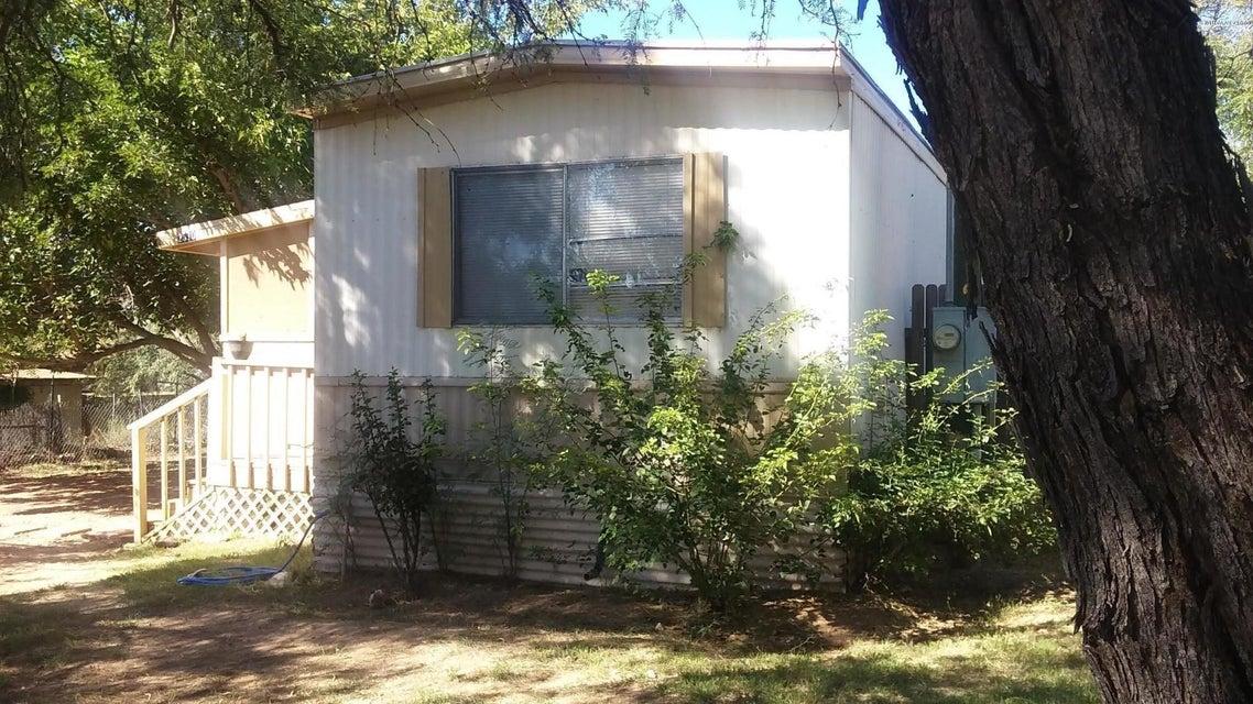 2570 S Kadomoto Drive Cornville, AZ 86325