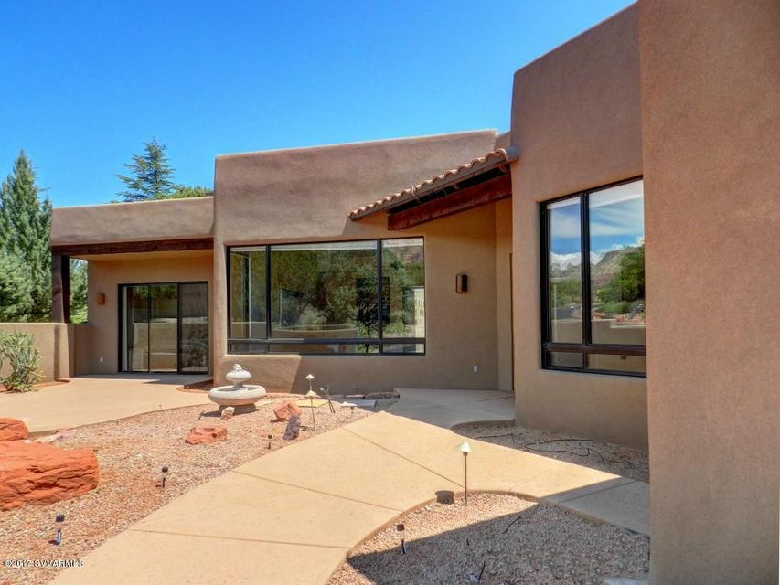 235  Flaming Arrow Way Sedona, AZ 86336