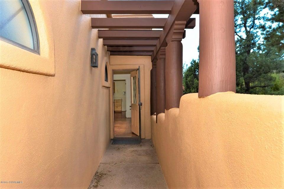 85  Mogollon Drive Sedona, AZ 86336
