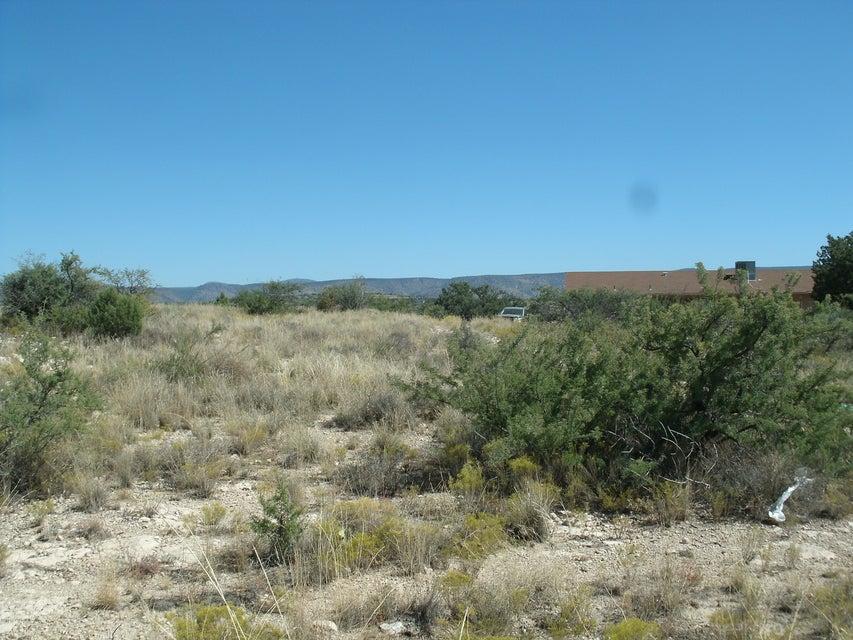 5635 N Robin Lynn Ln. Rimrock, AZ 86335