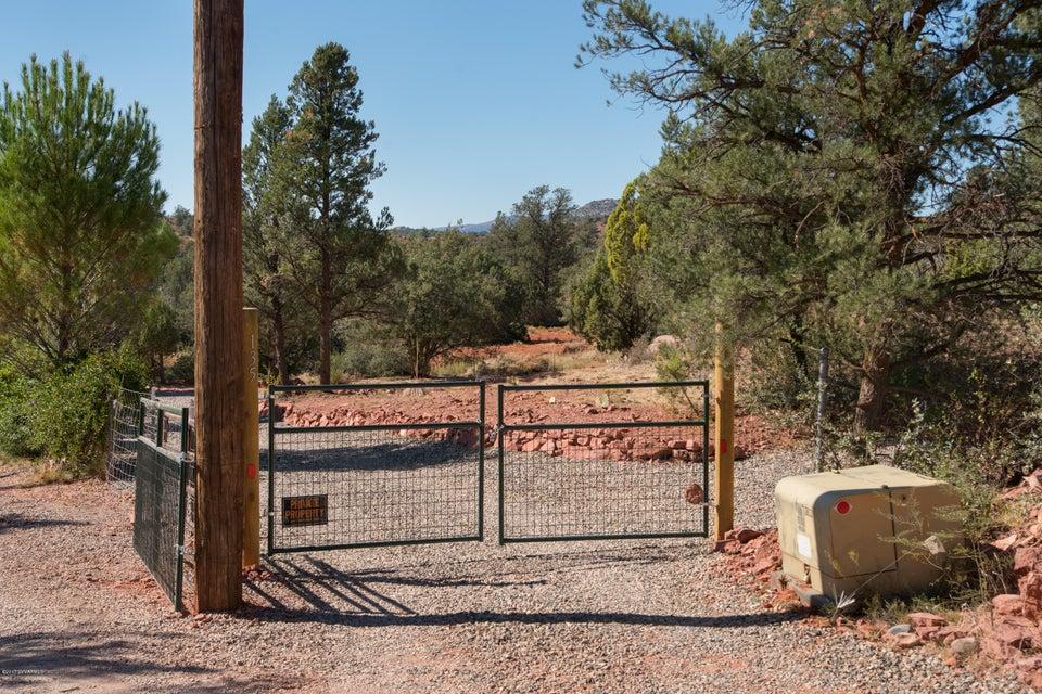 135  Mockingbird Spur Sedona, AZ 86336
