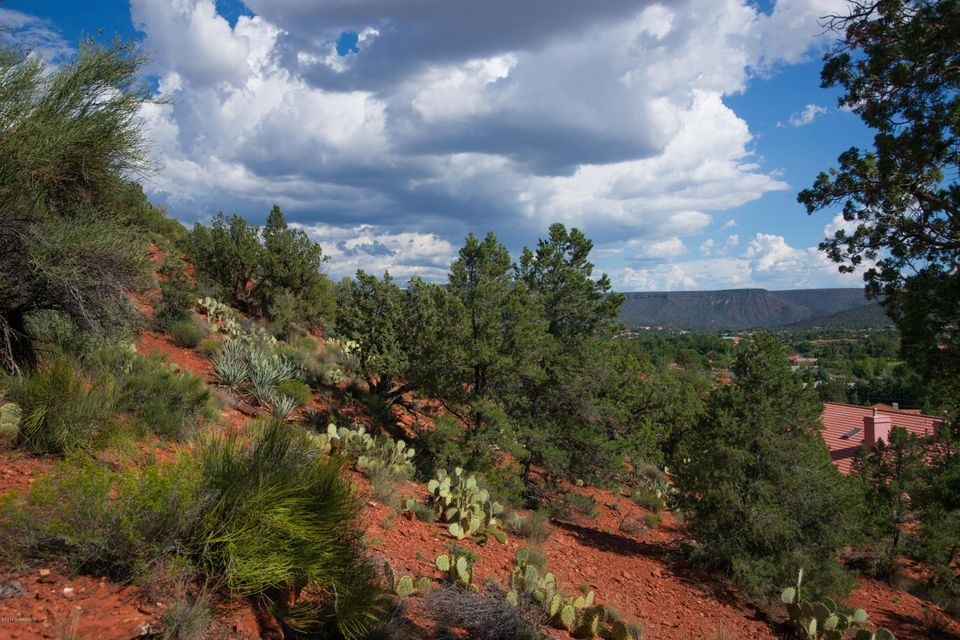 25  Red Range Circle Sedona, AZ 86351