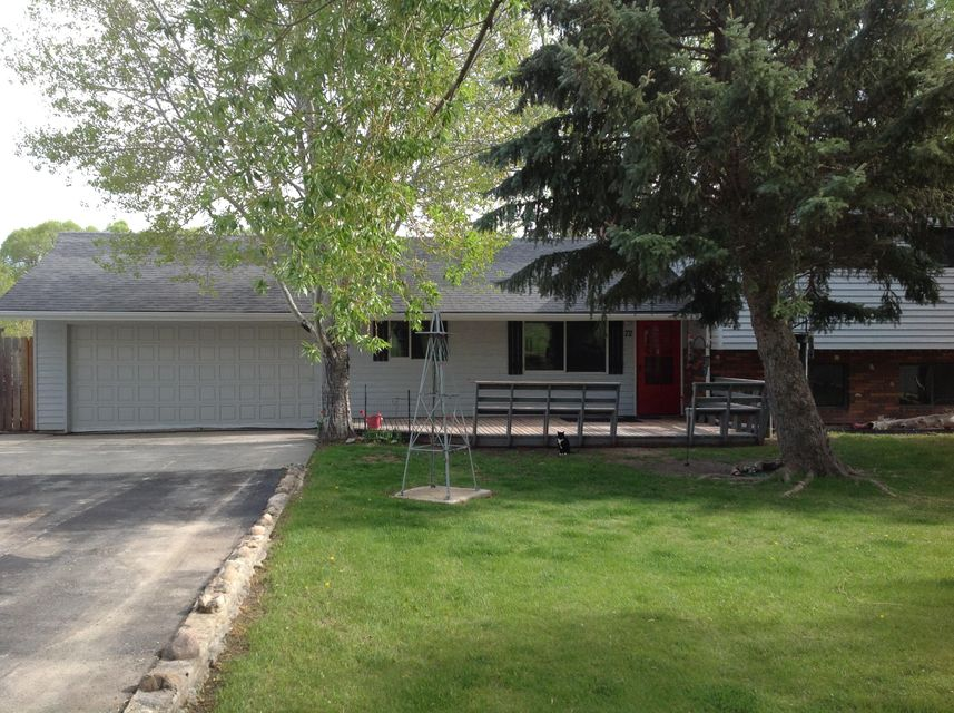 72 Pierce Road, Sheridan, WY 82801