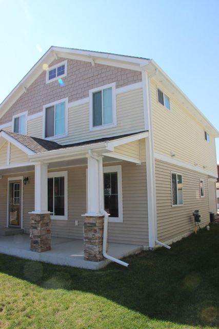 180 Montana Street,Sheridan,Wyoming 82801,3 Bedrooms Bedrooms,2.5 BathroomsBathrooms,Residential,Montana,17-815