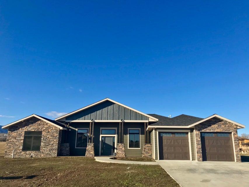 32 Pinehurst Drive,Sheridan,Wyoming 82801,3 Bedrooms Bedrooms,3 BathroomsBathrooms,Residential,Pinehurst,17-352