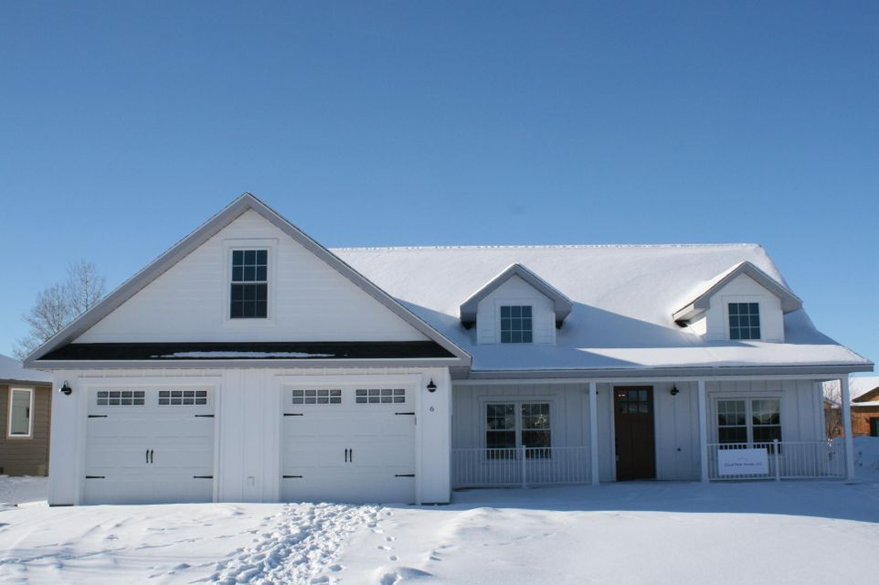 6 Green Meadows Drive,Sheridan,Wyoming 82801,3 Bedrooms Bedrooms,2 BathroomsBathrooms,Residential,Green Meadows,18-1