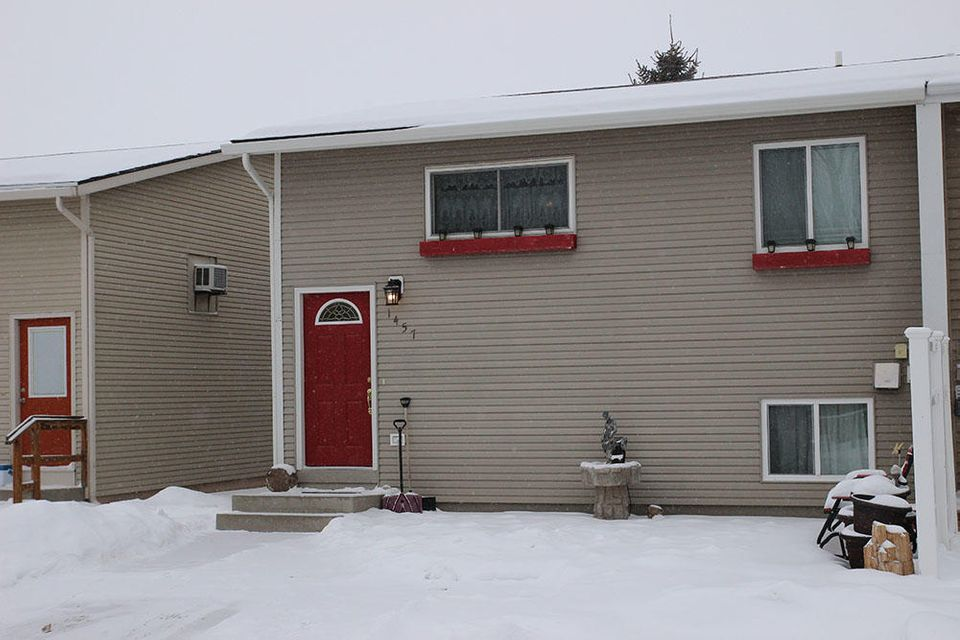 1457 Dana Avenue,Sheridan,Wyoming 82801,4 Bedrooms Bedrooms,2 BathroomsBathrooms,Residential,Dana,18-34