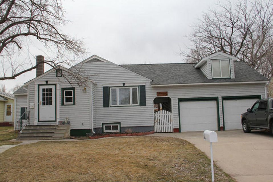 1116 La Clede Street,Sheridan,Wyoming 82801,4 Bedrooms Bedrooms,2.5 BathroomsBathrooms,Residential,La Clede,18-40