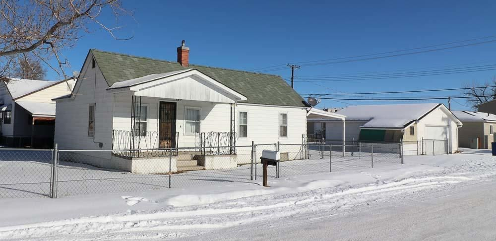 41 13th Street,Sheridan,Wyoming 82801,2 Bedrooms Bedrooms,1 BathroomBathrooms,Residential,13th,18-70