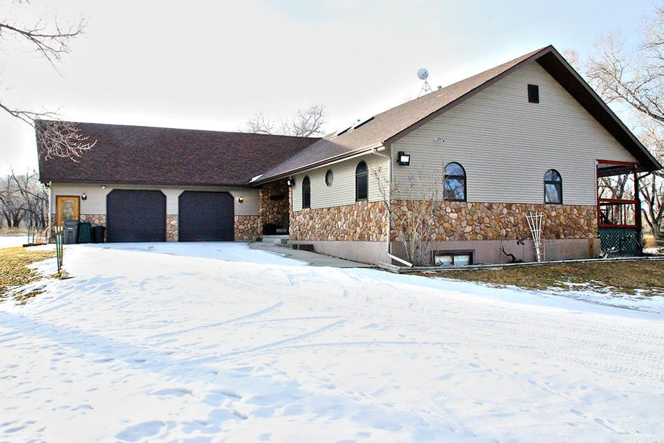 120 Upper Clear Creek Road,Buffalo,Wyoming 82834,3 Bedrooms Bedrooms,2.5 BathroomsBathrooms,Residential,Upper Clear Creek,18-73