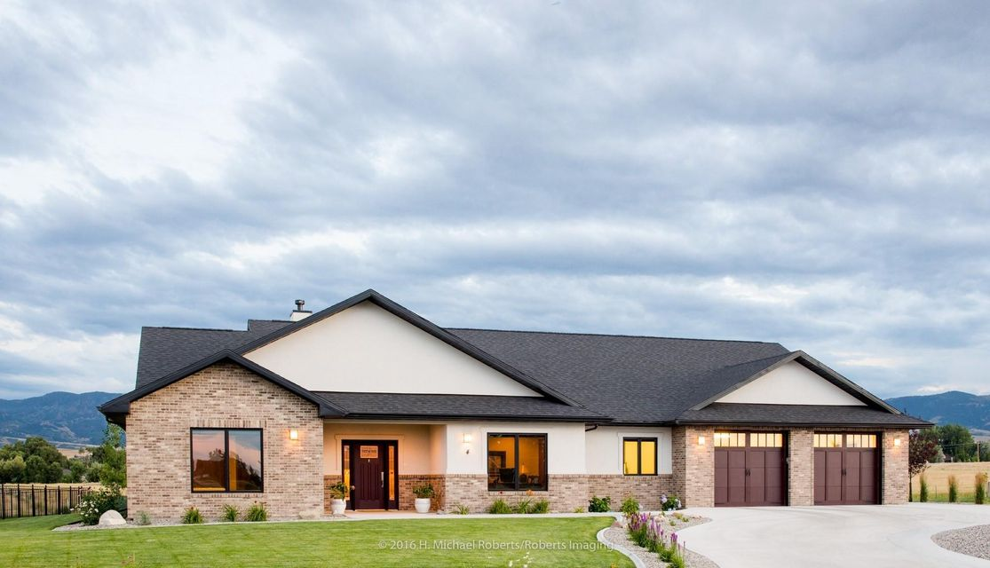 4 Thunderbird Drive,Sheridan,Wyoming 82801,3 Bedrooms Bedrooms,2.5 BathroomsBathrooms,Residential,Thunderbird,18-117